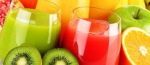 Fruit juice in glasses with Kiwi fruit